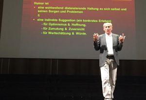 Peter Hain auf der Bühne