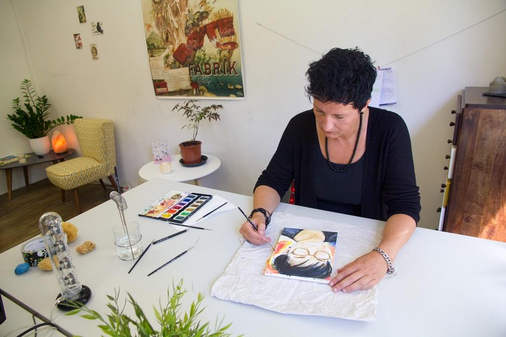 Sabine beim Malen