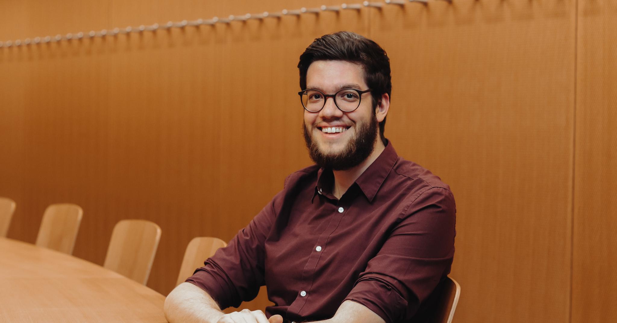 Bastian Haab ist Absolvent des Bachelor Angewandte Sprachen und als Projektleiter bei suptertext tätig