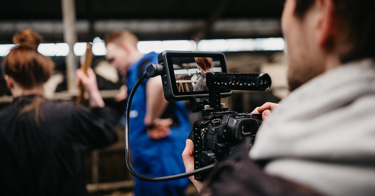 Mann filmt Reportage. Journalismus heute.