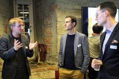 6  Philipp Dreesen erklärt Workshopteilnehmern die diskursive Prägung des Handelns von Akteuren der Energiediskurse