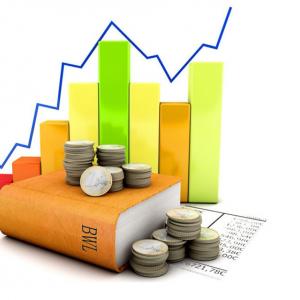 Buch mit Geld und Lohnkurve
