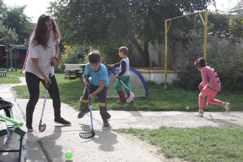 unihockey-kinder-rumaenien