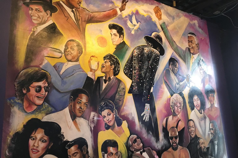 Graffiti mit diversen Motown-Stars aus Detroit.